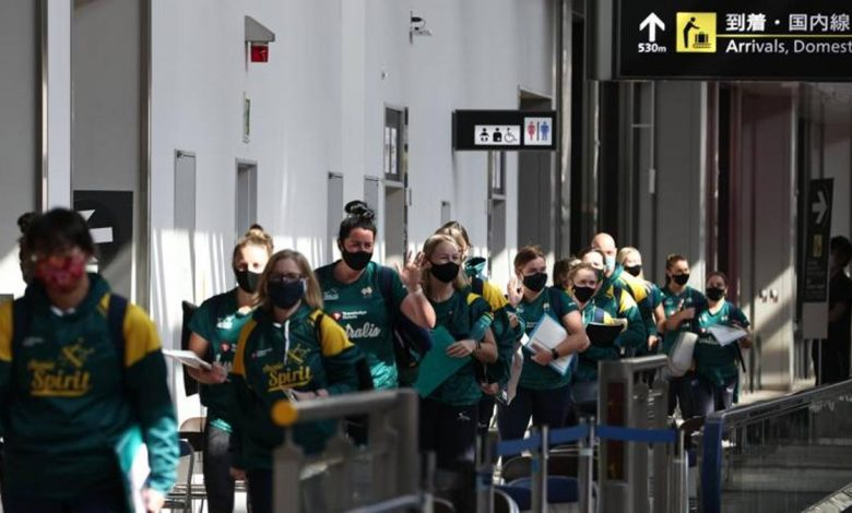 """Olympics and softball: Australia trains in Tokyo.  """"But these are very difficult days."""""""