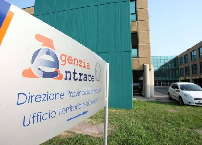 """Taxes, the government is considering deferrals and more premiums.  Castelli: """"We're thinking about it"""" - Corriere.it"""