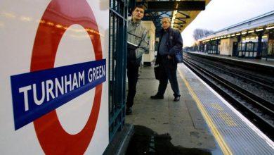 Photo of UK, London Mayor Sadiq Khan vs Boris Johnson: 'Masks still required on public transport'