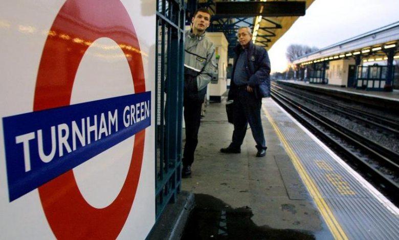 UK, London Mayor Sadiq Khan vs Boris Johnson: 'Masks still required on public transport'