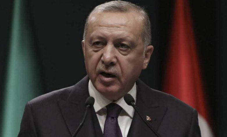 Erdogan bans Islamic headscarves against EU: 'Do it with the kippah'