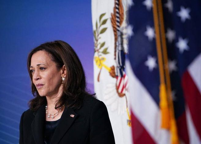 """Kamala Harris, all the troubles of a vice president """"betrayed"""" by his staff- Corriere.it"""