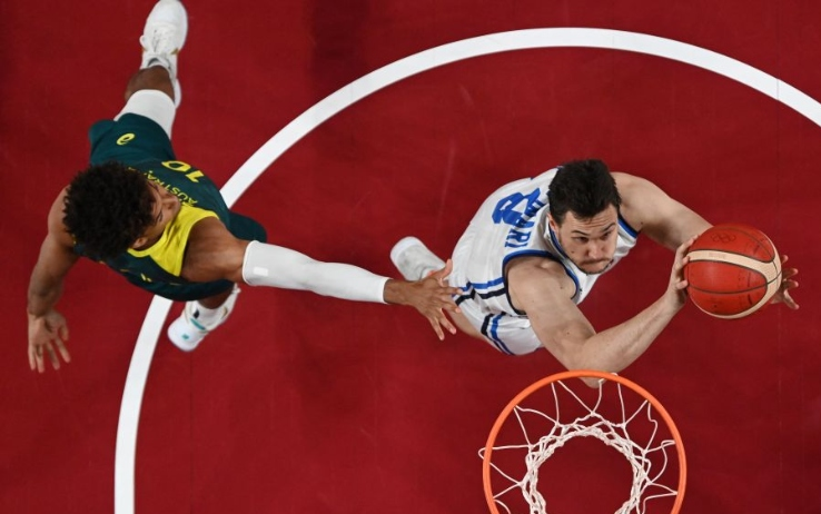 Olympics and Basketball: Italy defeated but not downsized, Australia won 86-83