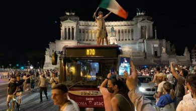 """Photo of Raggi: """"Let's open the Olympics to the Italian final.""""  But there is no to sports and health"""