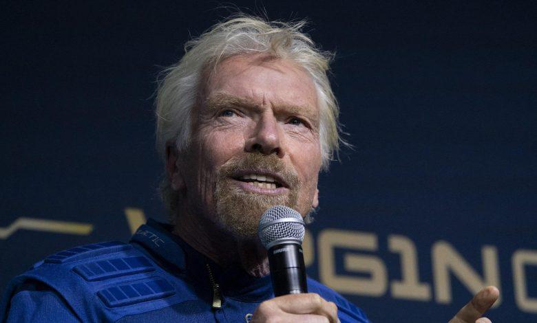 Richard Branson flies into space with Virgin Galactic