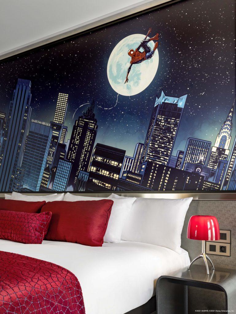 Tema Spider-Man Suite.  Via Disneyland Paris.