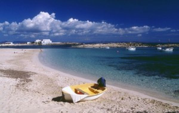 Enter Malta and other leisure destinations