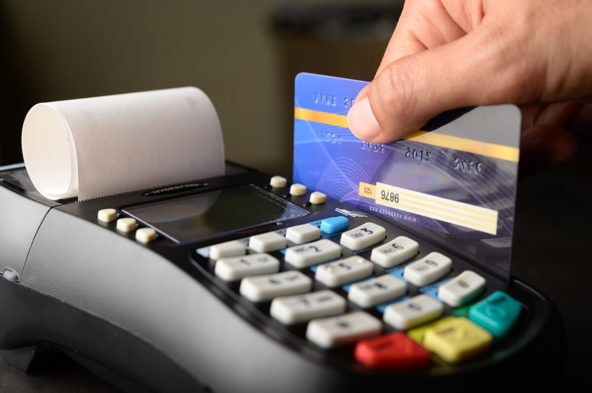 credit card payment-buy-sell-products-service-minute