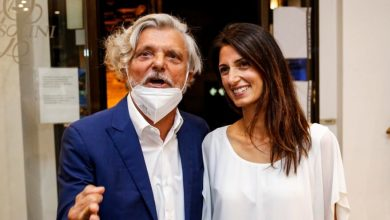 Photo of Ferrero goes to dinner with Mayor Raggi in Rome: here are the pictures