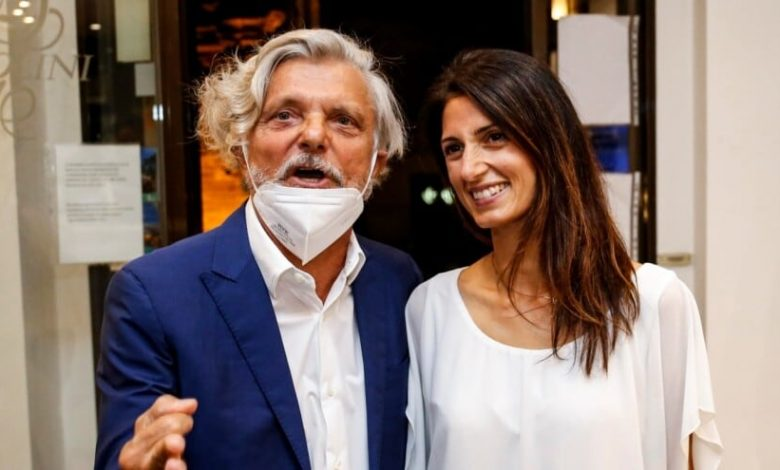 Ferrero goes to dinner with Mayor Raggi in Rome: here are the pictures
