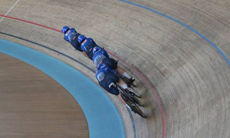 Cycling track, blue in the final for fifth in pursuit.  Another world record for Germany - OA Sport