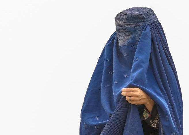 """""""I was fighting a burqa now I will have to wear it"""" - Corriere.it"""