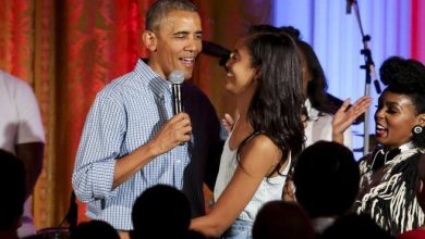 Photo of Obama bans Christmas party, several controversies related to Covid- Corriere.it