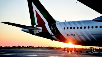 """Photo of Assaeroporti: """"Alitalia does not pay operators.""""  After bad baggage services, Enac advises passengers not to board them in custody"""