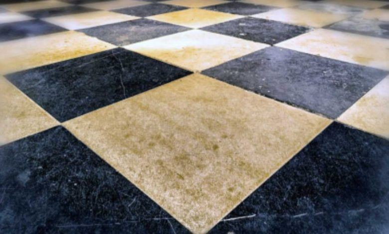 Give new life to your old floor, in a few steps you will make it as good as new