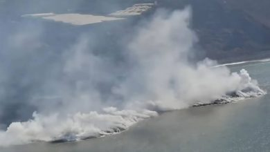 Photo of Continuous update of the explosion La Palma in the Canary, Lava del Cumbre Vieja rivers into the sea, destroyed nearly 600 homes.  Photo and video status