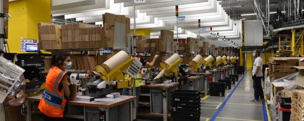 Amazon opens new distribution center Cividate: «200 employees, we will reach 900» - photo