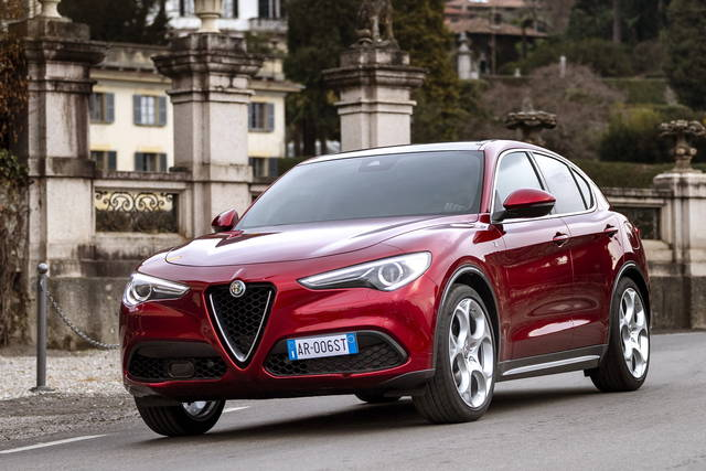 Alfa Romeo Stelvio: arriva la 6C Villa d'Este