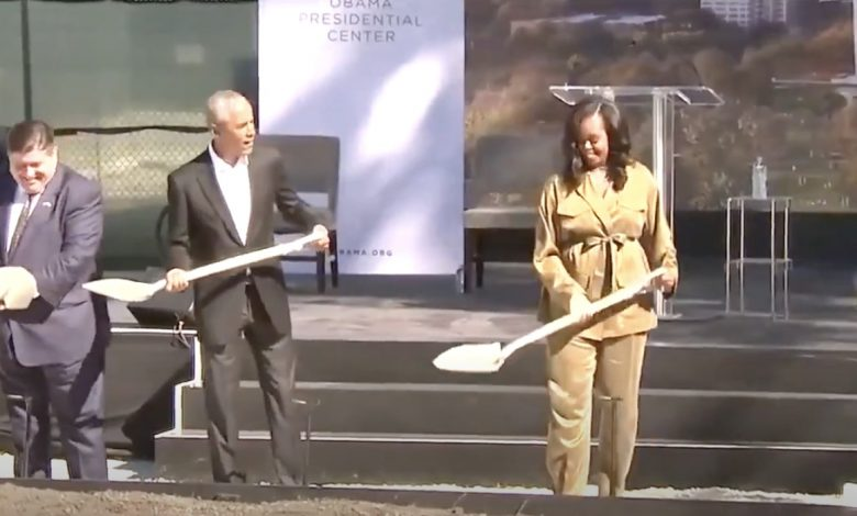 Barack Obama in Chicago lays the foundation stone for the Obama Presidential Center - La Vos de New York