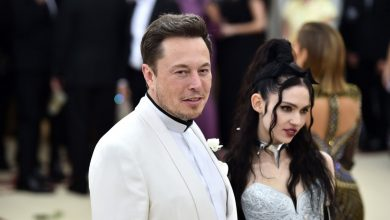 Photo of Elon Musk and singer Grimes split after three years