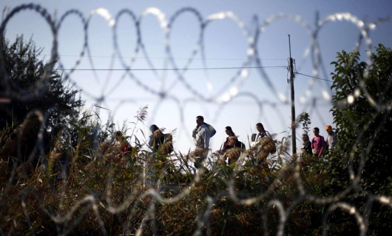"""Migrants, 12 EU countries in Brussels: """"Finance walls at borders"""""""